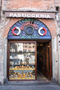 bakkerij Taddeucci Piazza San Michele Lucca Italie